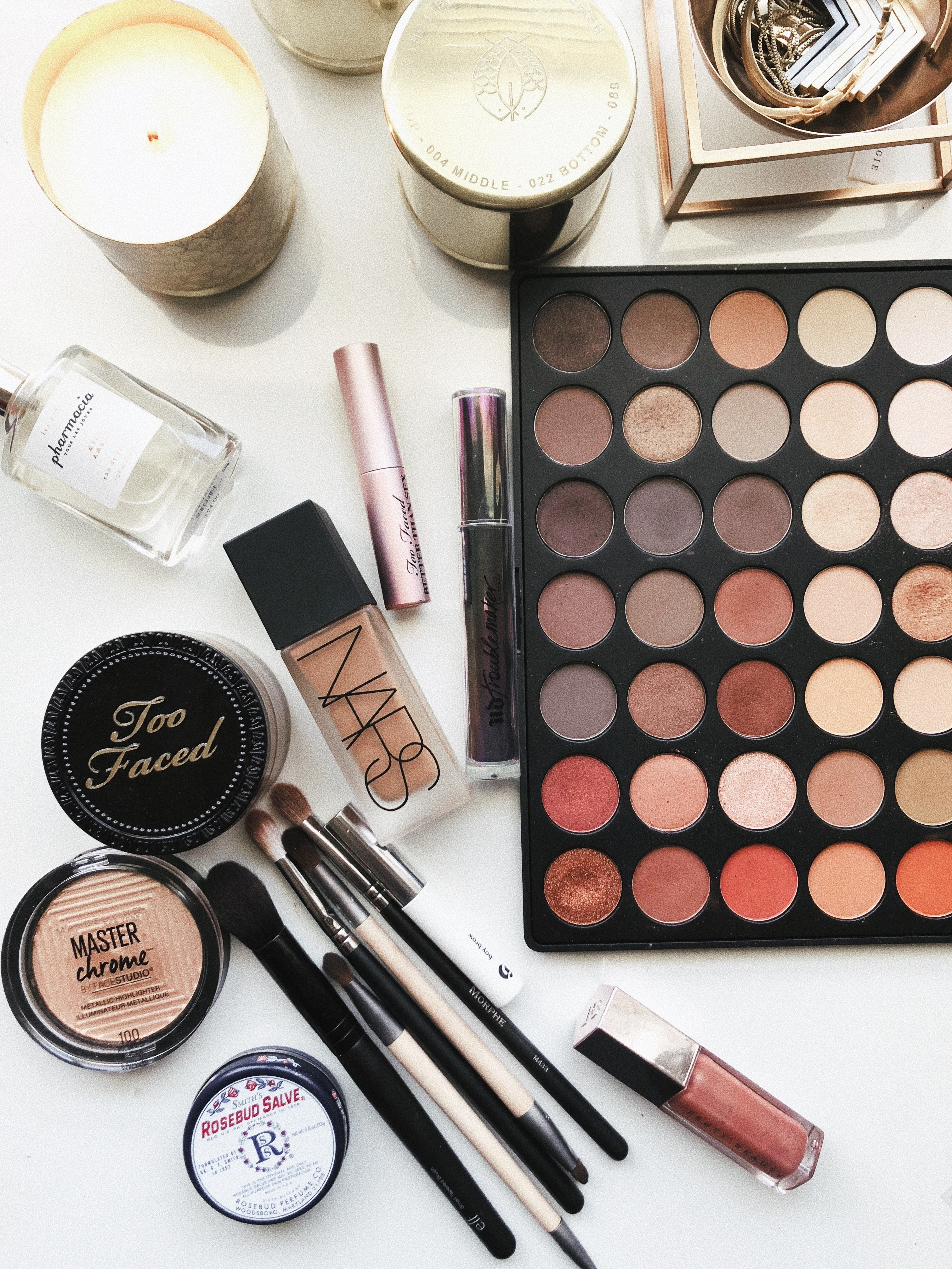9 Tips for Getting Your Beauty Products Organized